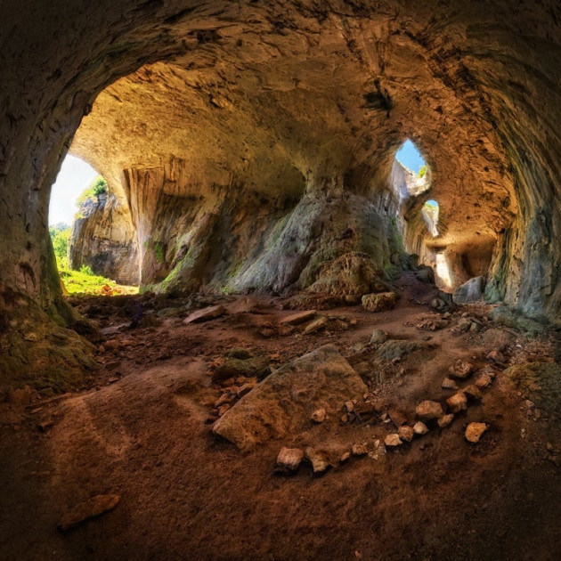 Day trips from Sofia to the Prohodna cave