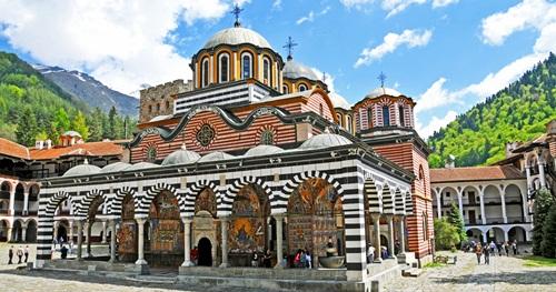 Day tour to Rila monastery from Sofia
