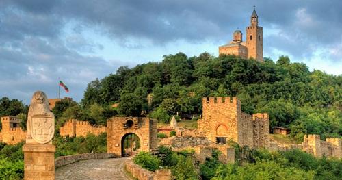 Day tour to Veliko Tarnovo from Sofia