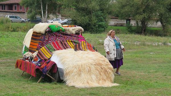 Bulgarian Weaving and carpet making