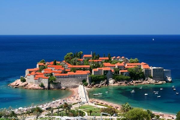 Balkan tour to Montenegro
