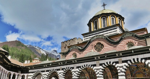 Day tour to Rila monastery from Sofia