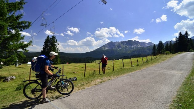 Balkan cycling tour